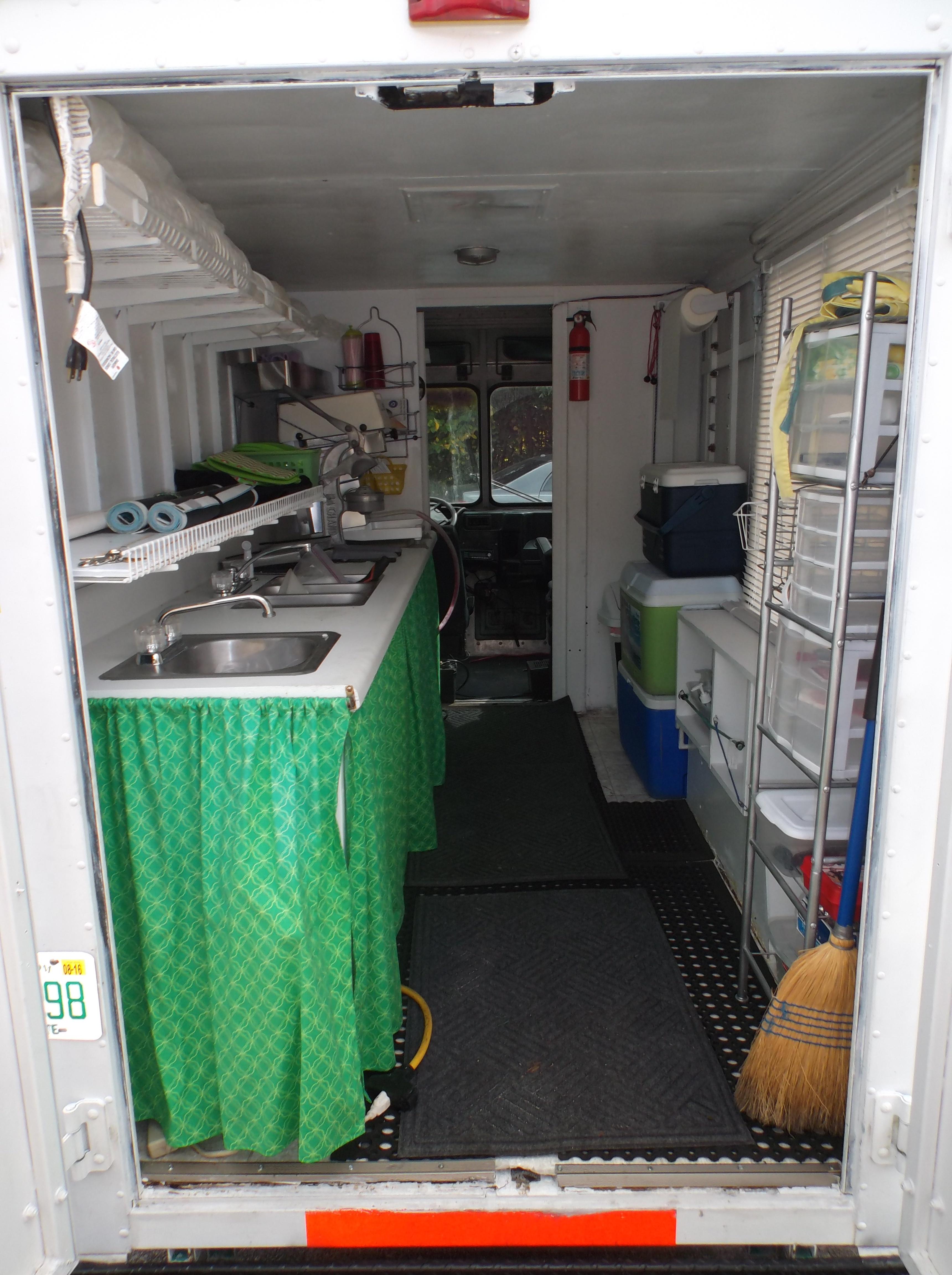 truckpreparea food trucks for sale used food trucks. Black Bedroom Furniture Sets. Home Design Ideas